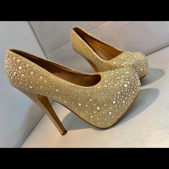 """a41960f0231 Iridescent elegant 6"""" heels"""